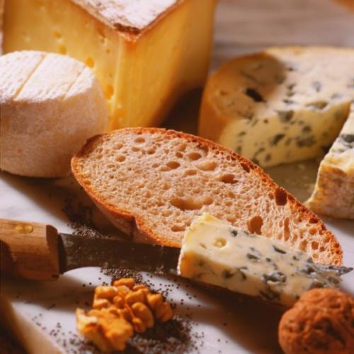 Minute Apéro : Choisir son pain pour son fromage, savoir se mettre d'accord!