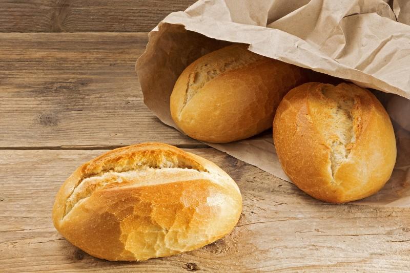 Pain traditionnel  de la boulangerie BRETTEAU  - Paris 7